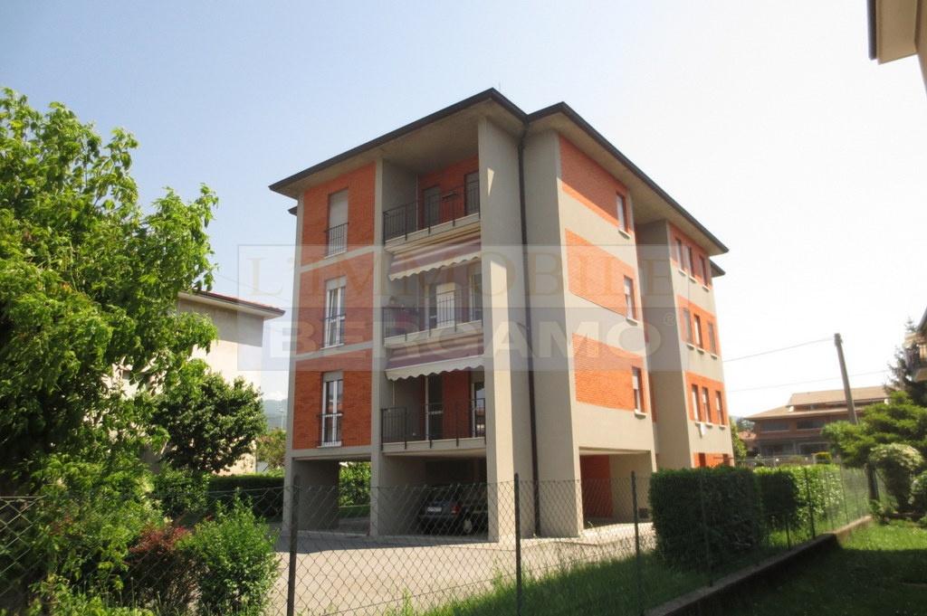 Appartamento ristrutturato in vendita Rif. 10723745