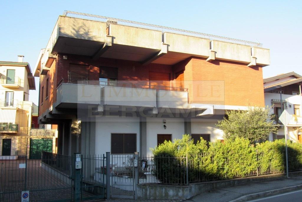 Appartamento in vendita a Carobbio degli Angeli, 6 locali, prezzo € 135.000   PortaleAgenzieImmobiliari.it
