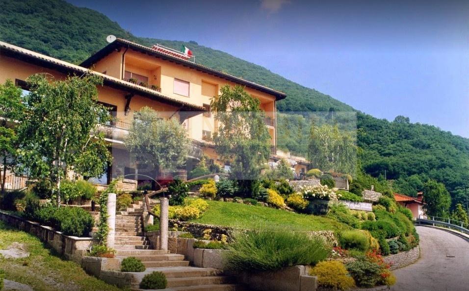 Albergo in vendita a Bianzano, 14 locali, prezzo € 690.000 | PortaleAgenzieImmobiliari.it