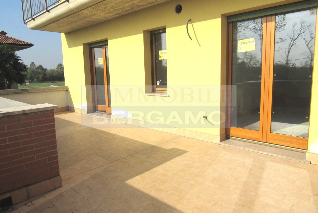Appartamento in vendita a Grassobbio, 4 locali, prezzo € 210.000   PortaleAgenzieImmobiliari.it