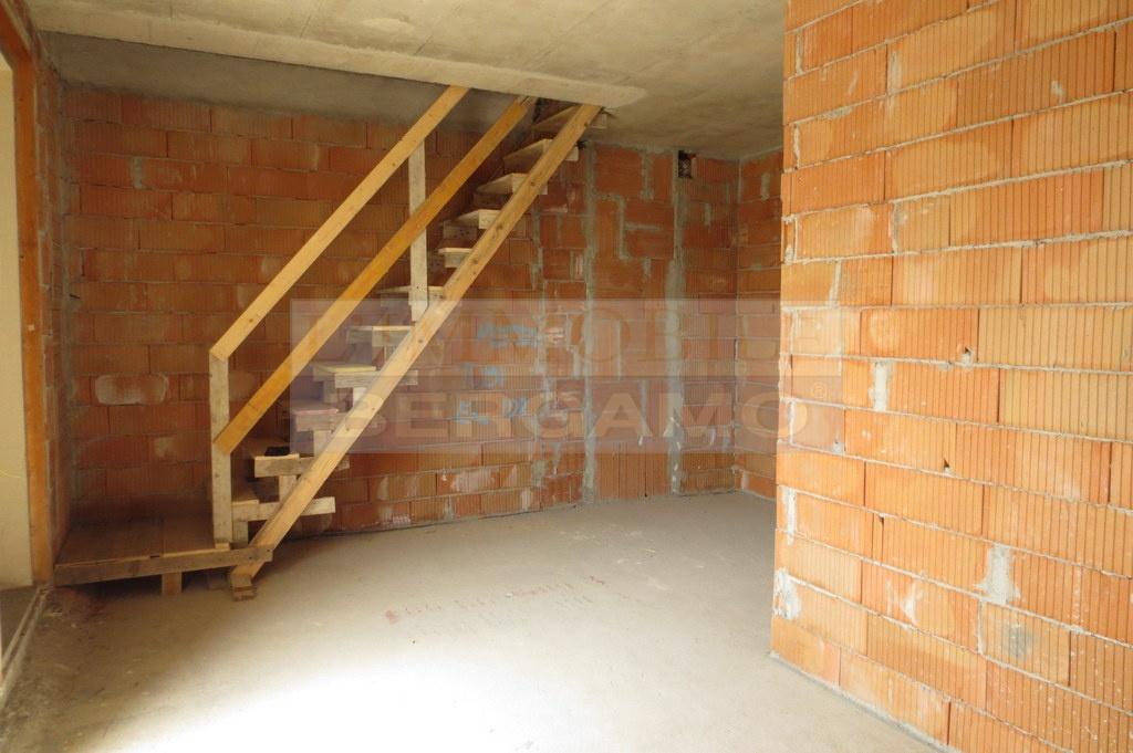 Appartamento GRASSOBBIO K567