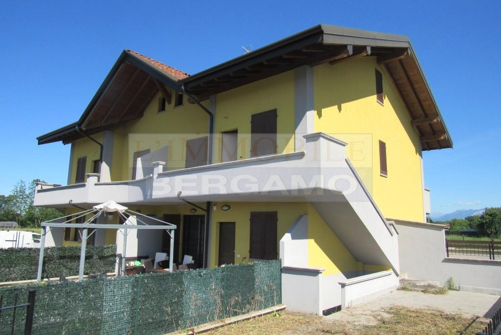 Appartamento in vendita a Ciserano, 4 locali, prezzo € 225.000   PortaleAgenzieImmobiliari.it