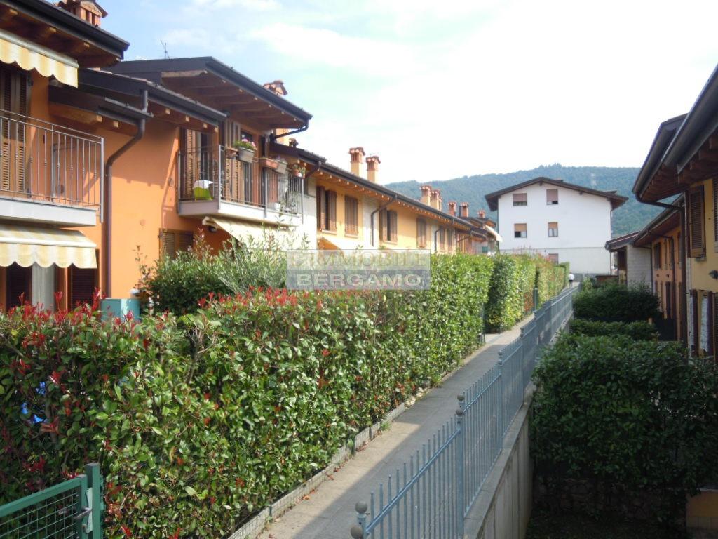 Appartamento in vendita a Zandobbio, 2 locali, prezzo € 72.000 | PortaleAgenzieImmobiliari.it