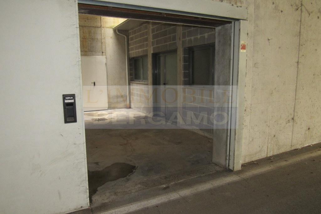 Magazzino in affitto a Bagnatica, 1 locali, prezzo € 250 | PortaleAgenzieImmobiliari.it