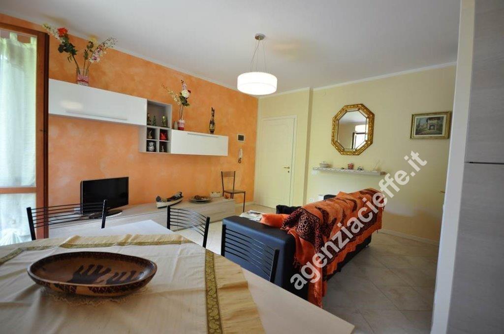 Cinquale di Montignoso, appartamento 80 mq ristrutturato a 400 mt spiaggia della Versilia