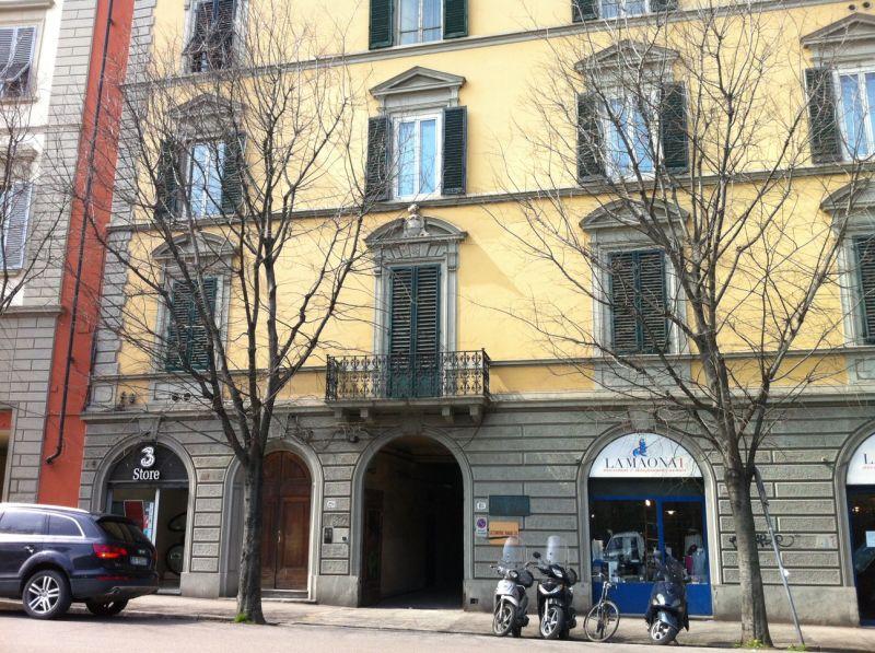 Ufficio / Studio in vendita a Firenze, 5 locali, zona Zona: 19 . Poggio imperiale, Porta Romana, Piazzale Michelangelo, prezzo € 300.000 | Cambiocasa.it