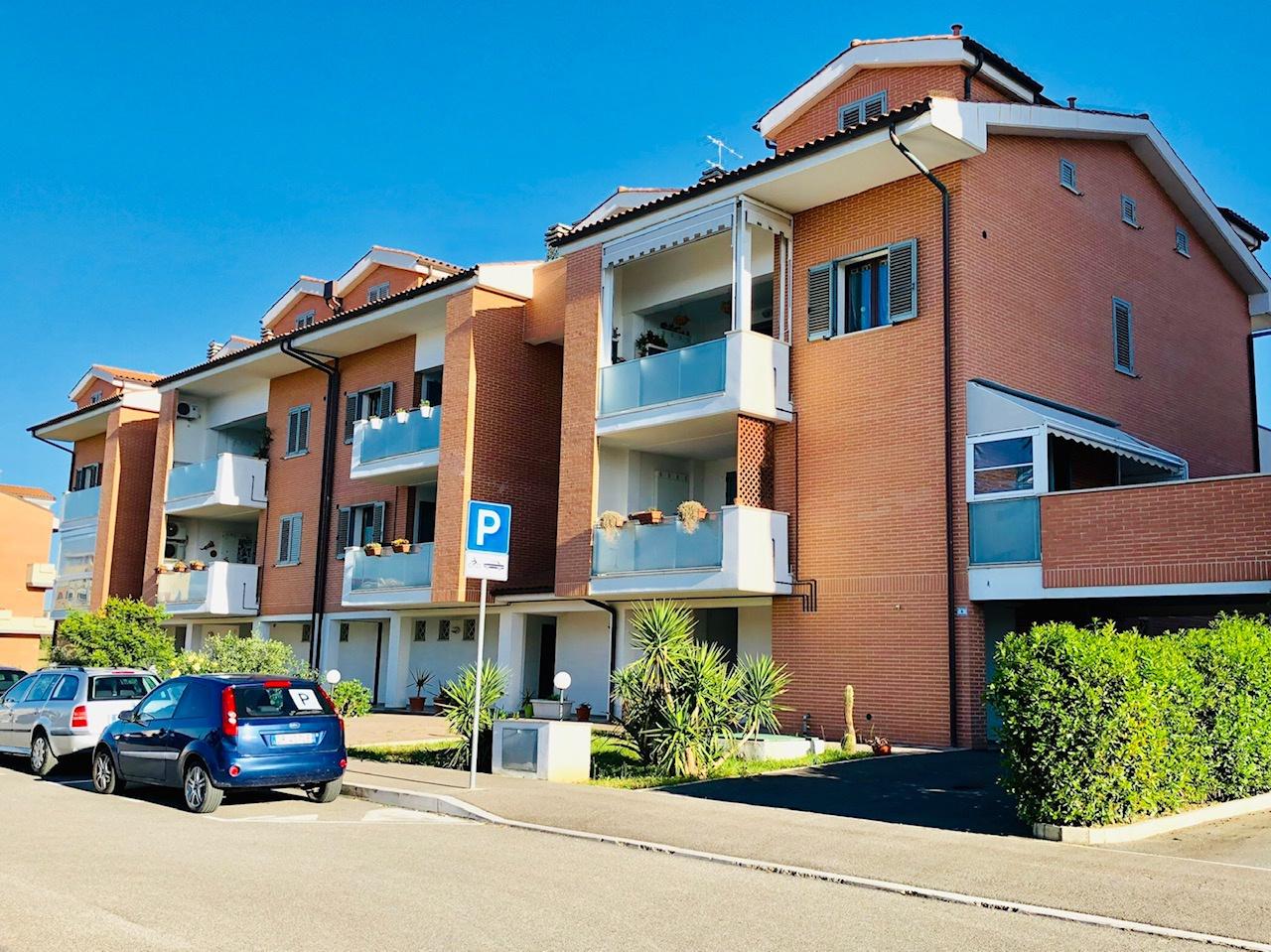 Appartamento indipendente 5 locali in vendita a Grosseto (GR)