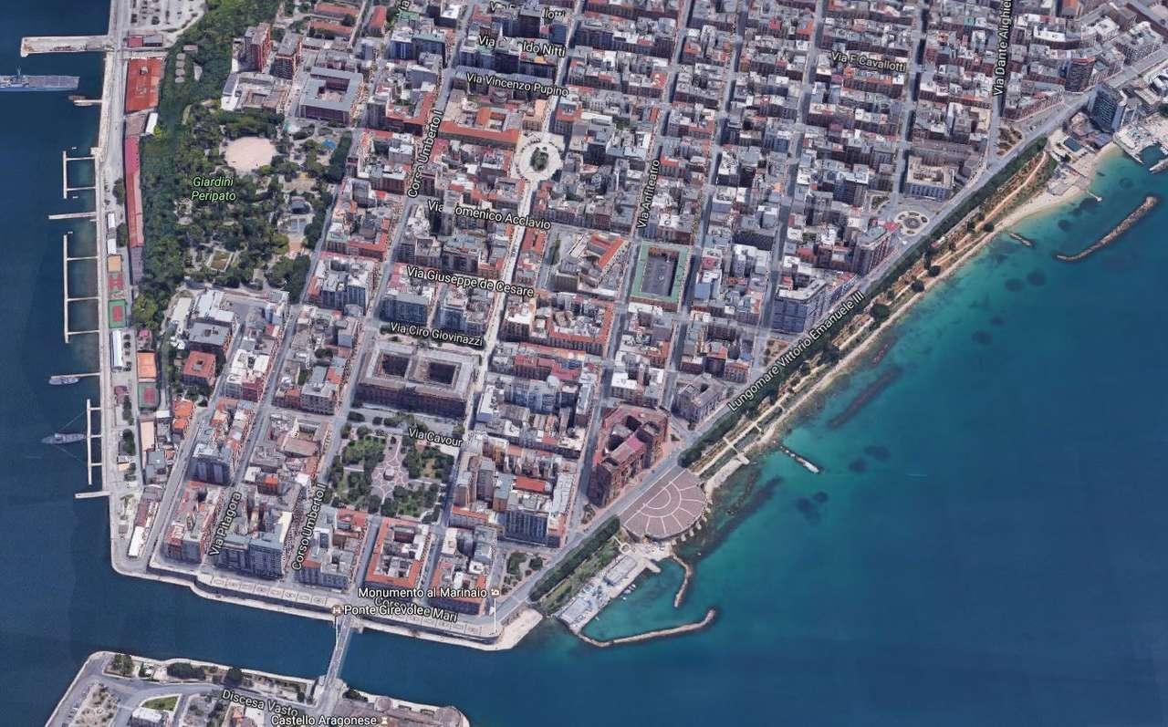 Negozio / Locale in vendita a Taranto, 9999 locali, prezzo € 8.000.000 | CambioCasa.it