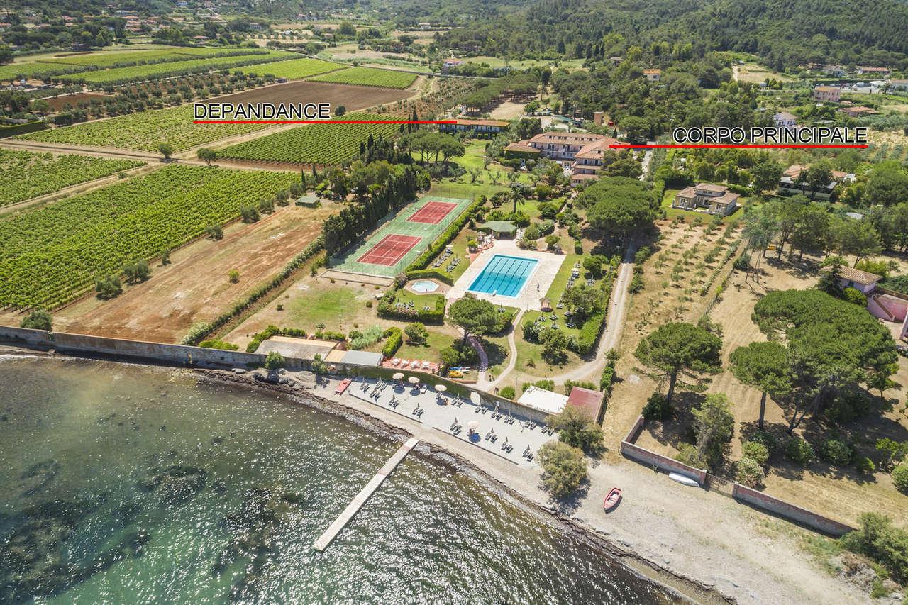 Albergo in vendita a Portoferraio, 90 locali, Trattative riservate   CambioCasa.it