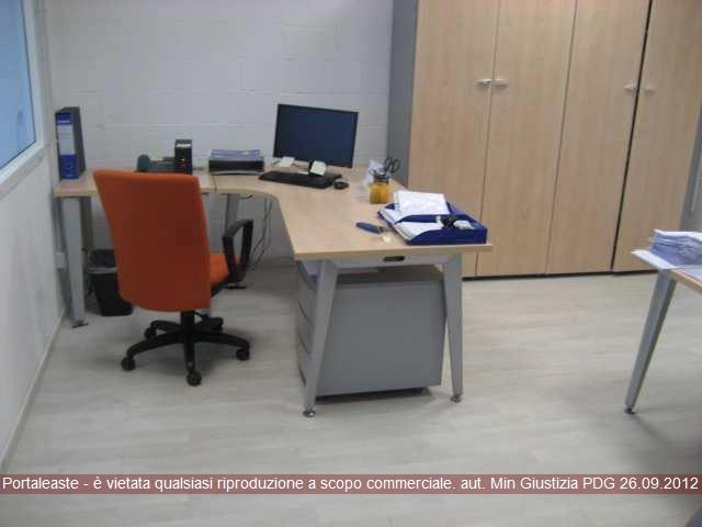 Magazzino - capannone in vendita Rif. 10138660