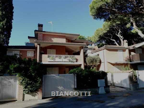 Appartamento in vendita a Grosseto, 4 locali, prezzo € 210.000 | CambioCasa.it