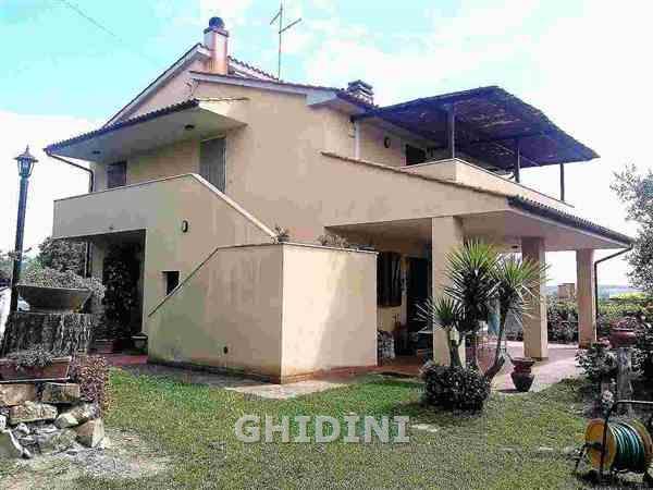 Rustico / Casale in vendita a Magliano in Toscana, 8 locali, Trattative riservate   Cambio Casa.it