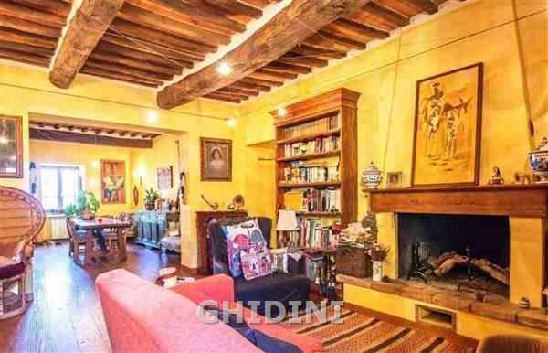 Appartamento in vendita a Campagnatico, 4 locali, prezzo € 220.000   CambioCasa.it