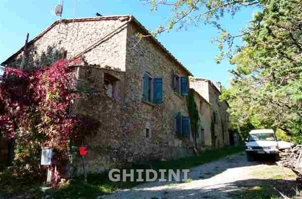 Rustico / Casale in vendita a Montieri, 20 locali, prezzo € 400.000 | CambioCasa.it