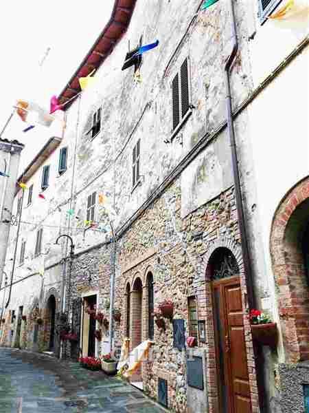 Appartamento in vendita a Grosseto, 4 locali, prezzo € 105.000 | CambioCasa.it