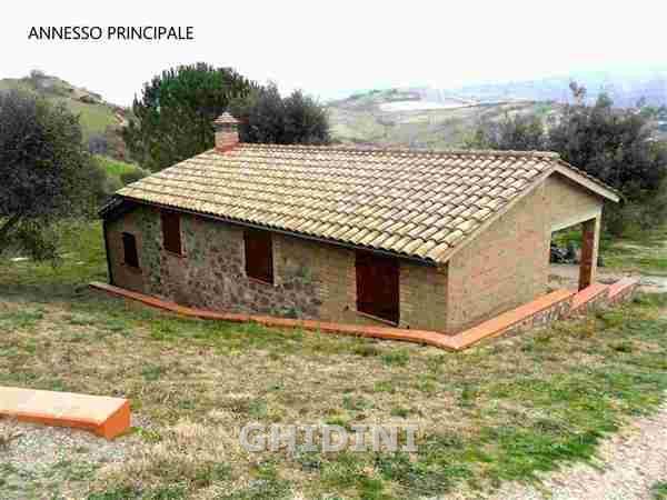 Rustico / Casale in ottime condizioni in vendita Rif. 8251066