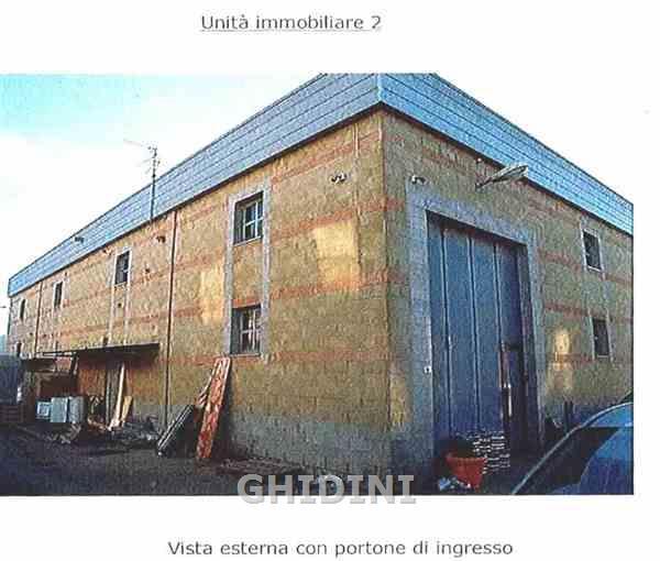 Magazzino - capannone in ottime condizioni in vendita