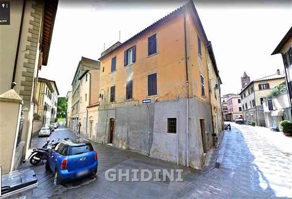 Appartamento da ristrutturare in vendita Rif. 10061672