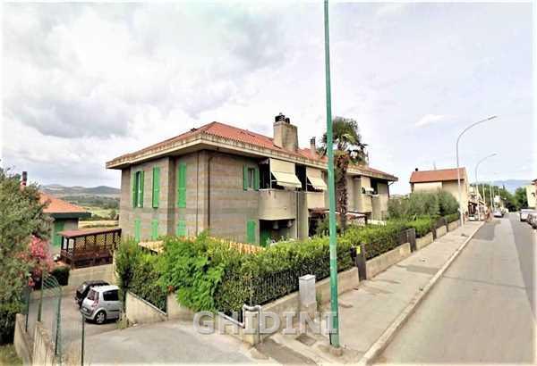 Appartamento in vendita a Grosseto, 4 locali, prezzo € 148.000 | CambioCasa.it