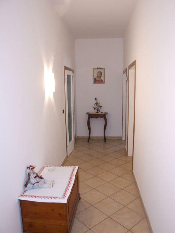 Appartamento ristrutturato in vendita Rif. 7067208