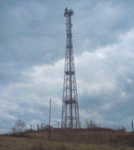 RADIO LOCALE : concessione commerciale locale analogica con concessione dab + ------- frequenza F.M. locale 200 watt impianto di trasmissione alta e bassa frequenza.Ulteriori precisazioni tel 3275349859  TRATTATIVA RISERVATA Rif. 10893664