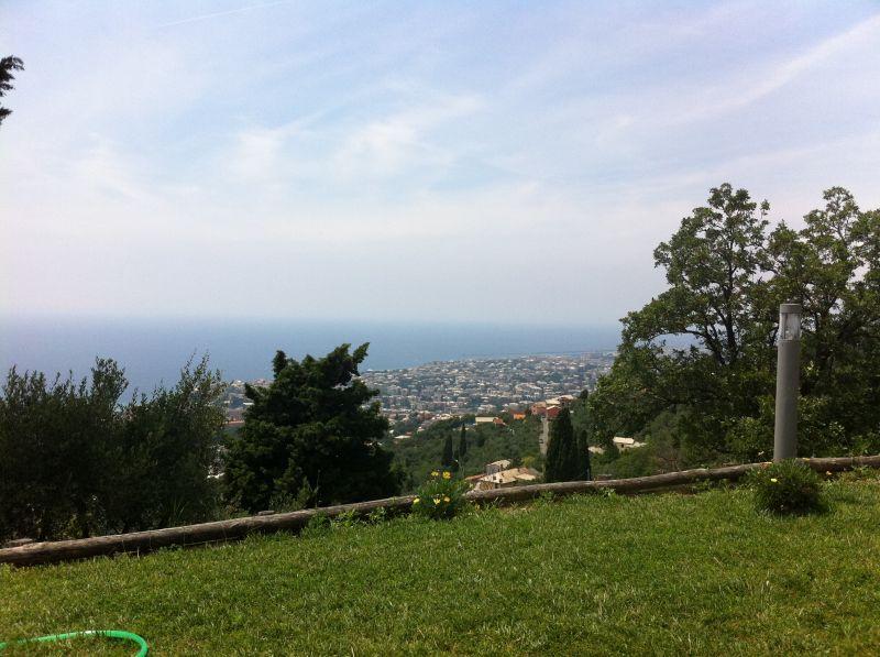 Villa in vendita a Genova, 9 locali, zona Località: APPARIZIONE / BAVARI, prezzo € 700.000 | Cambio Casa.it