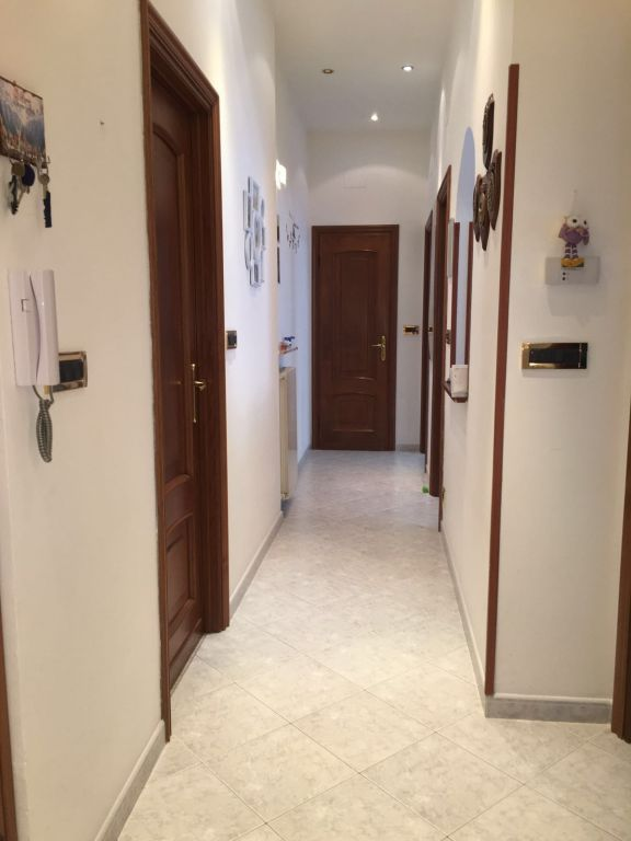 Bilocale Genova Via Ventotene 9