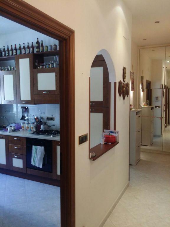 Bilocale Genova Via Ventotene 13