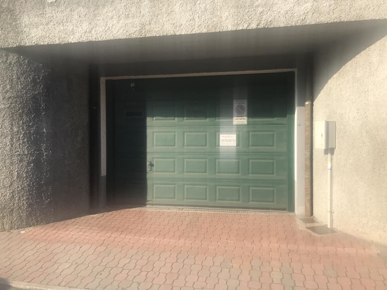 Box / Garage in Vendita a Pieve Ligure