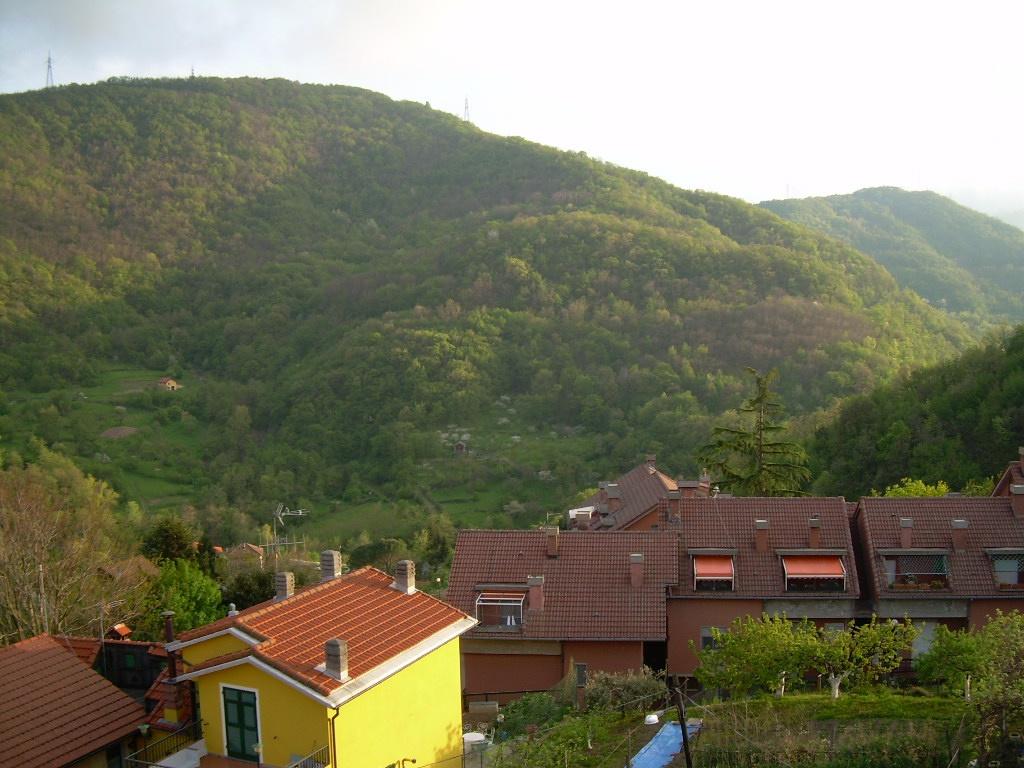 Appartamento in vendita a Sant'Olcese, 6 locali, Trattative riservate | Cambio Casa.it