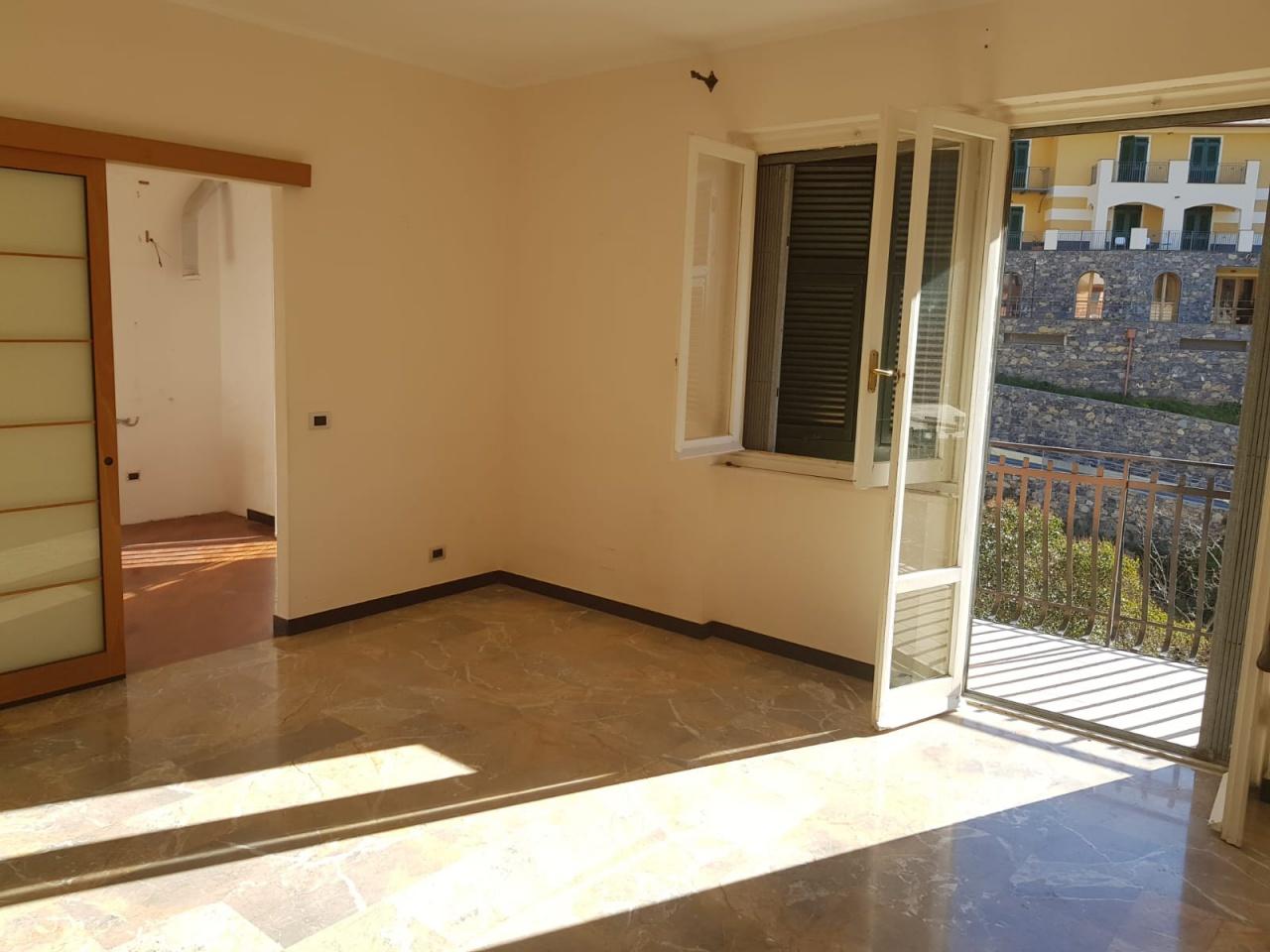 Appartamento in vendita a Bogliasco (GE)
