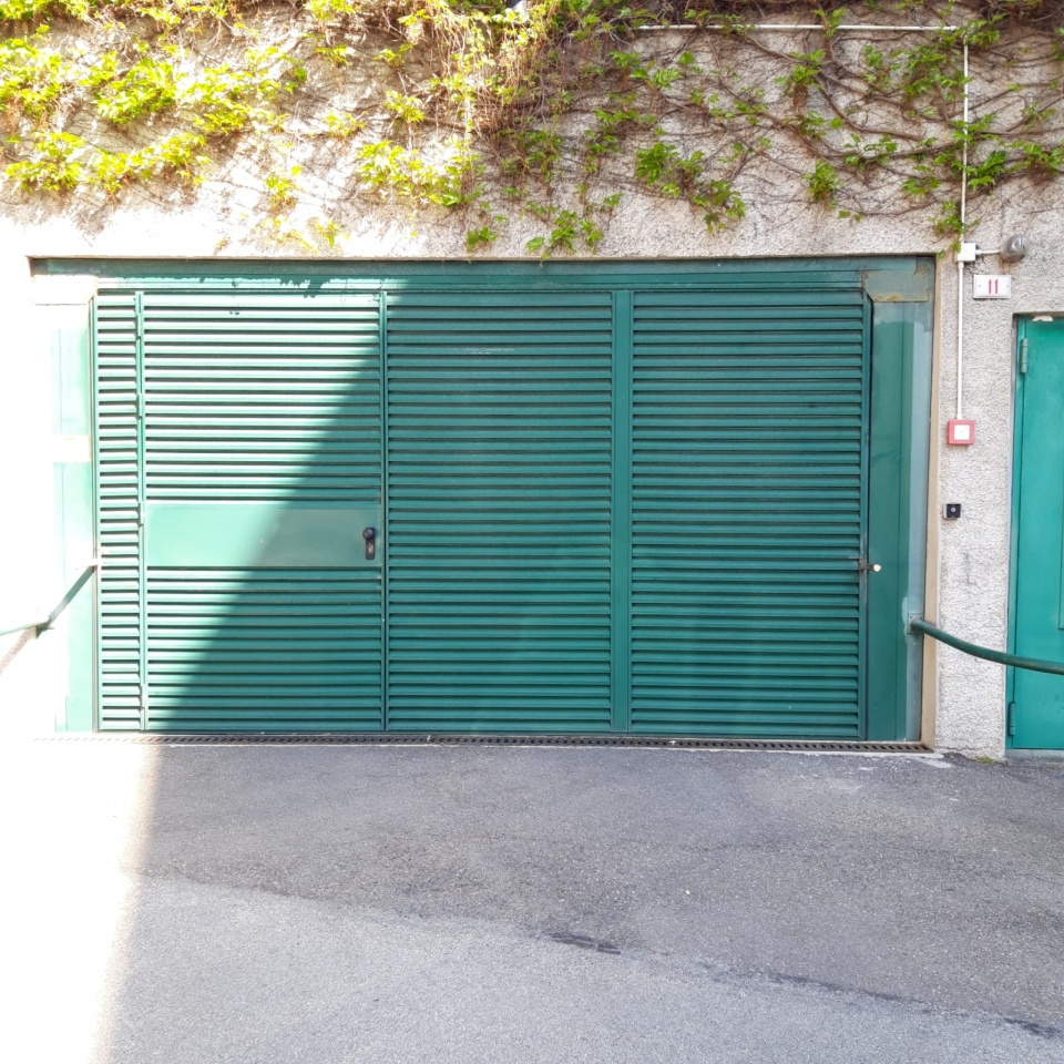 Box e posti auto in affitto Rif. 10490176
