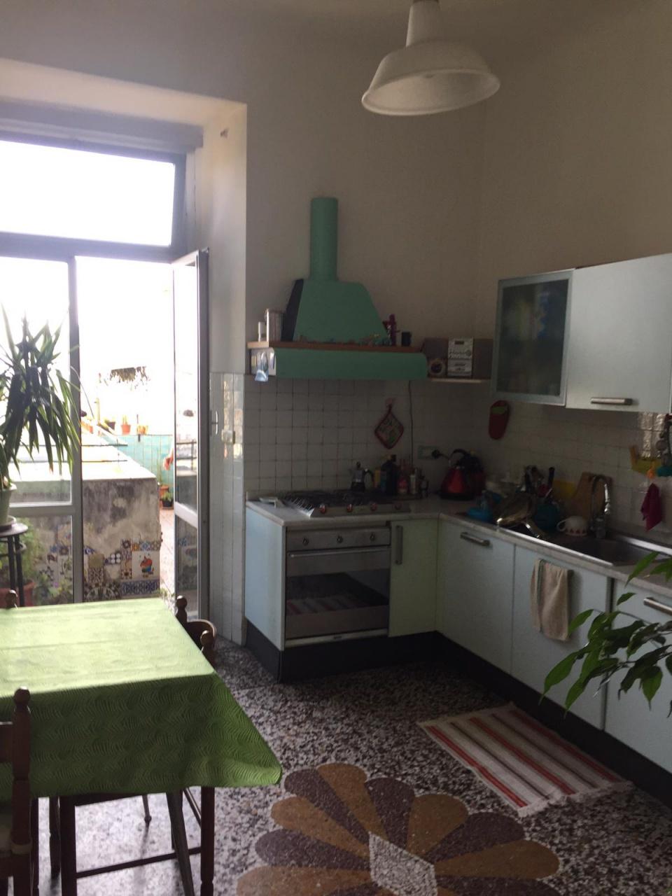 Appartamento GENOVA PIAZZASARZANAADIACEN