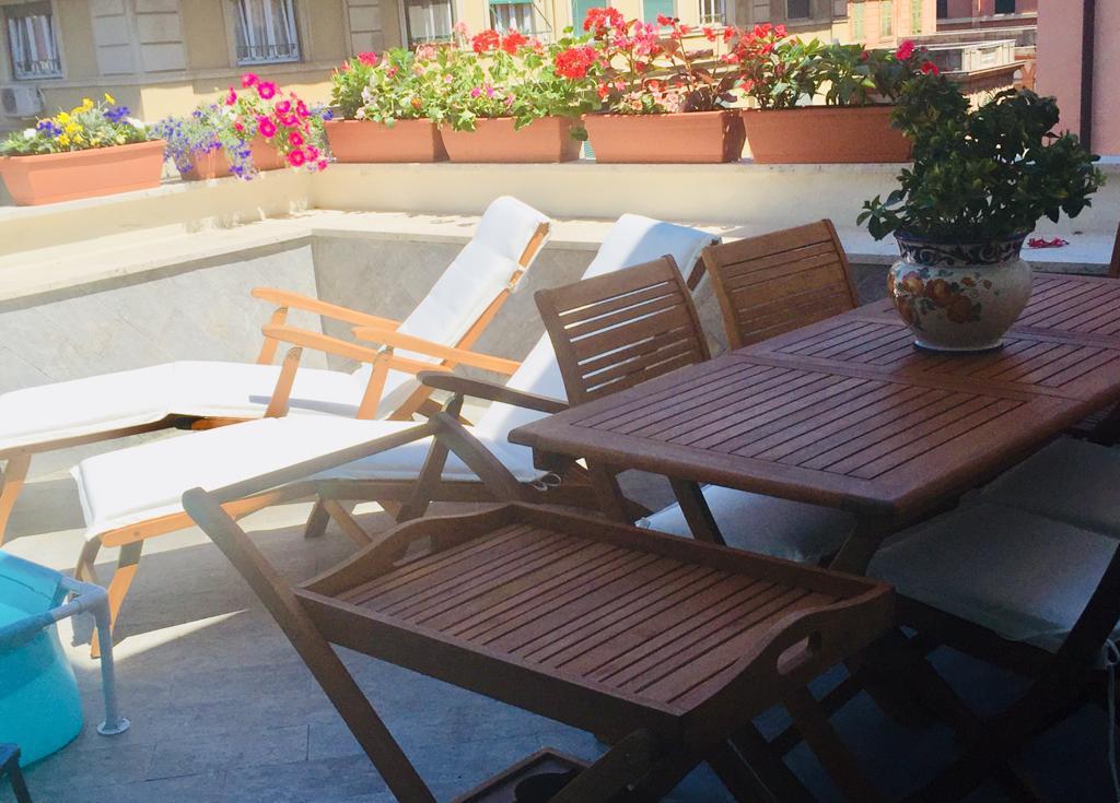 Attico / Mansarda in vendita a Genova, 8 locali, prezzo € 530.000 | PortaleAgenzieImmobiliari.it