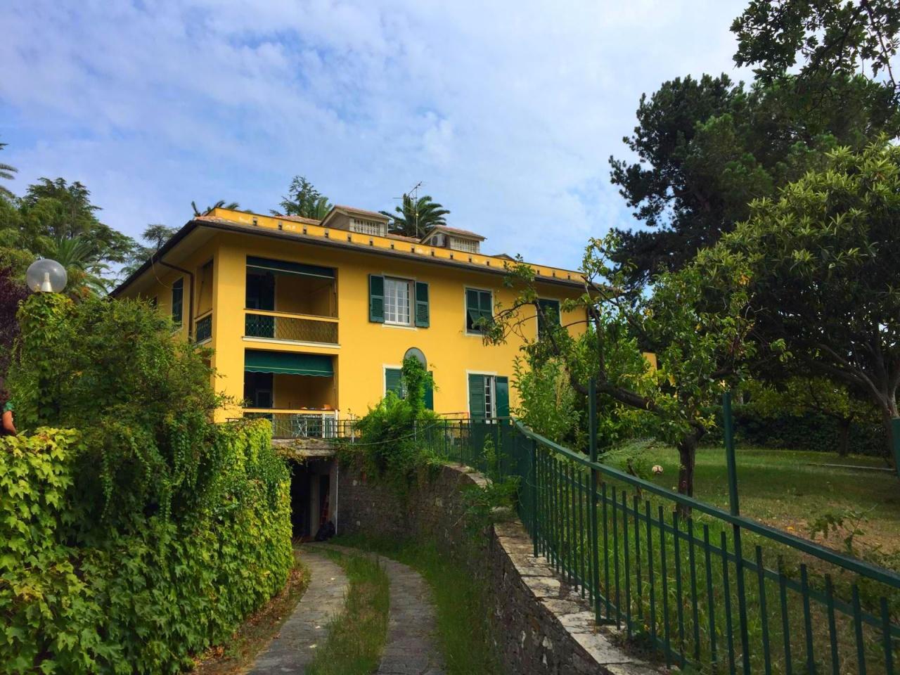 Villa in affitto a Genova, 9 locali, prezzo € 2.400 | PortaleAgenzieImmobiliari.it