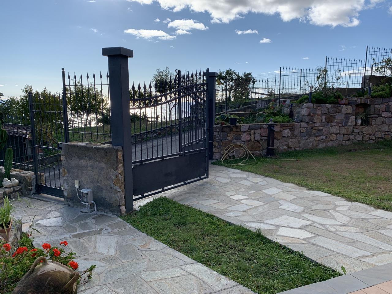 Villa in vendita a Santo Stefano al Mare (IM)