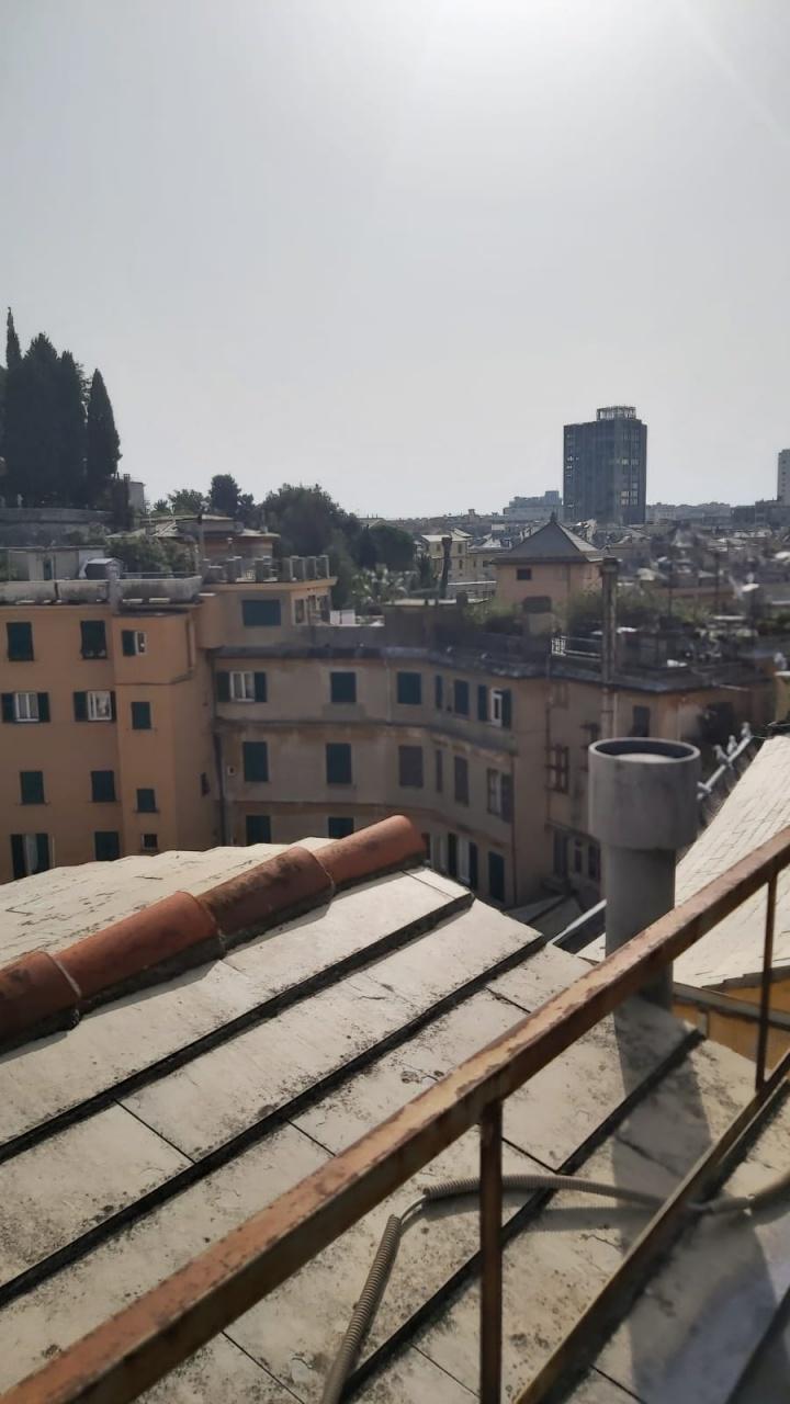 Attico / Mansarda in vendita a Genova, 8 locali, prezzo € 270.000   PortaleAgenzieImmobiliari.it