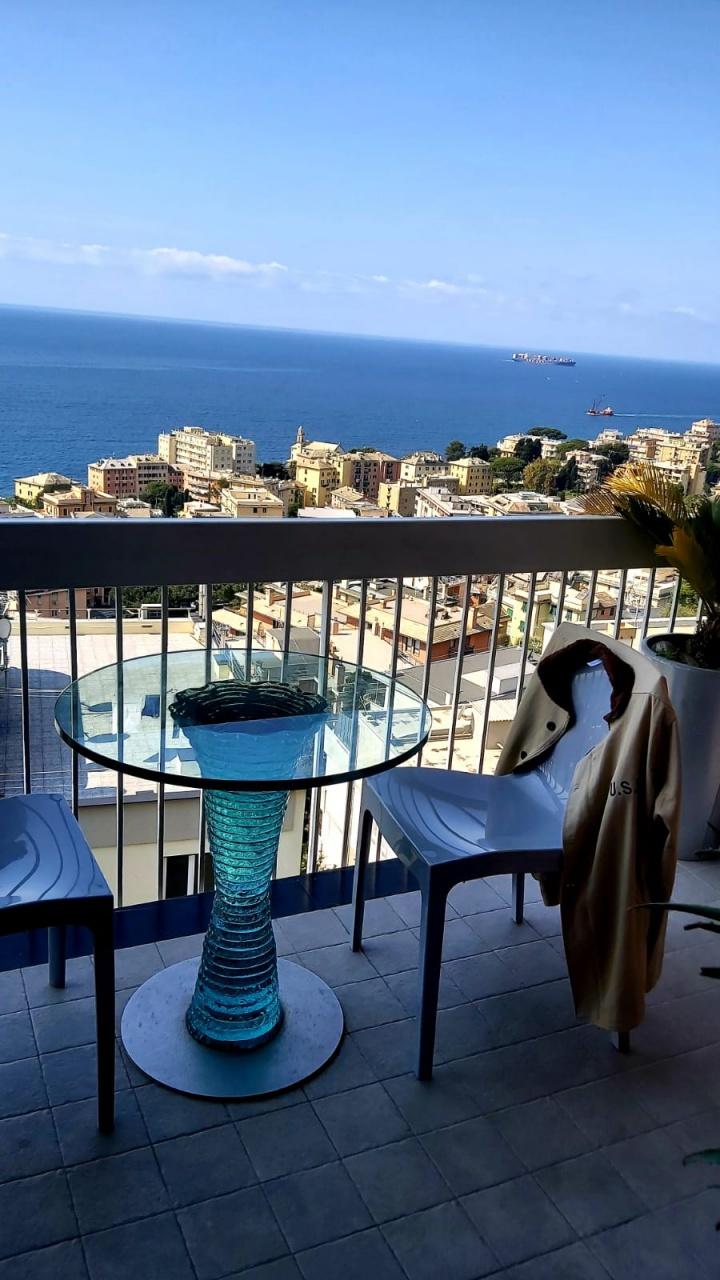 Appartamento in vendita a Genova (GE)