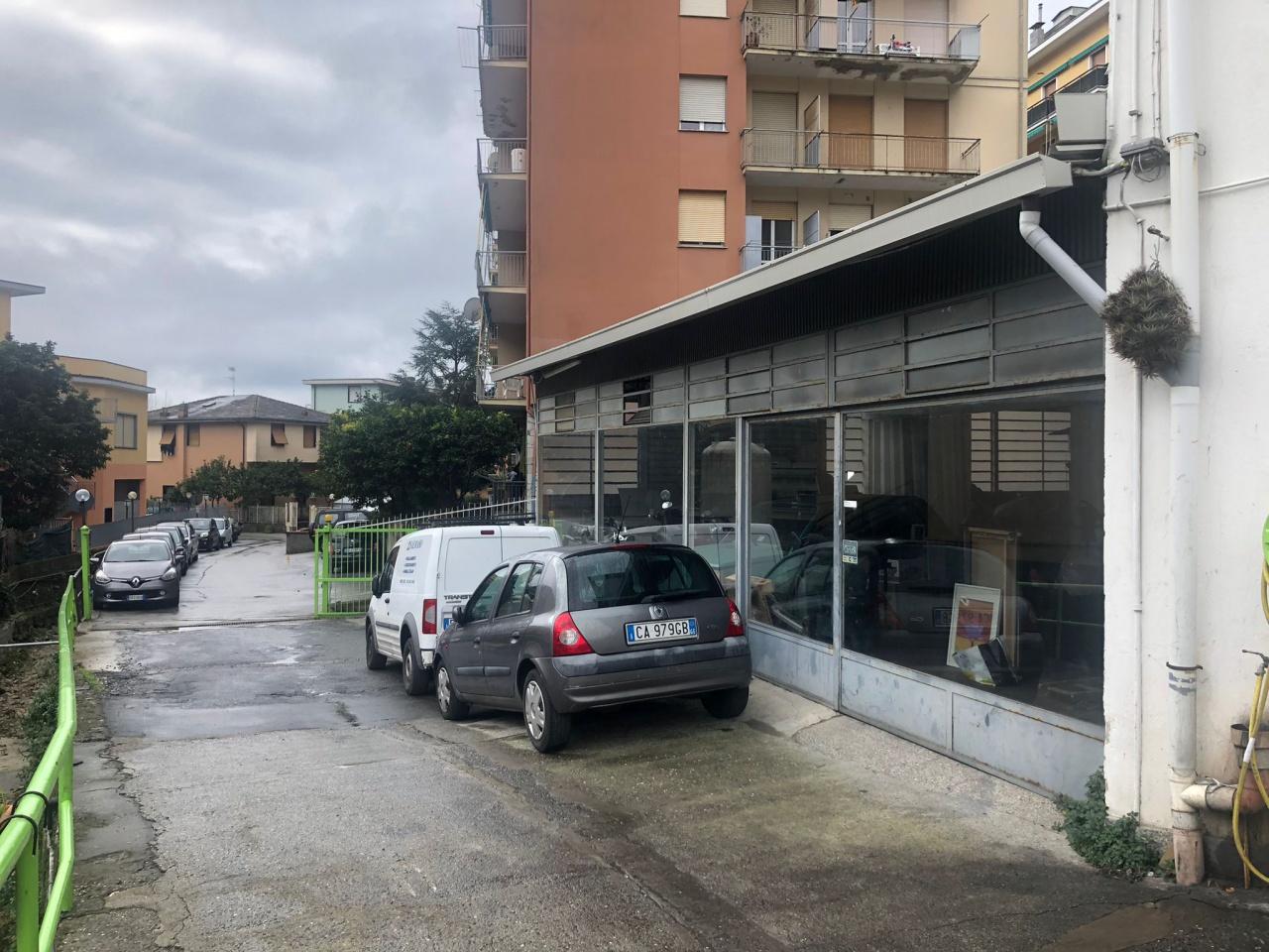 Immobile Commerciale in vendita a Recco, 6 locali, prezzo € 650.000 | PortaleAgenzieImmobiliari.it