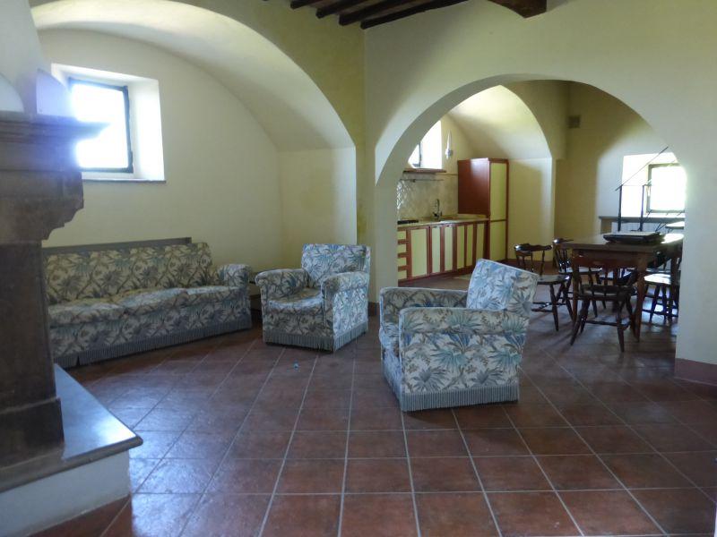 Soluzione Indipendente in vendita a Monteroni d'Arbia, 5 locali, prezzo € 195.000 | CambioCasa.it