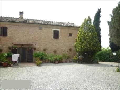 Rustico / Casale in vendita a Buonconvento, 10 locali, prezzo € 420.000 | CambioCasa.it