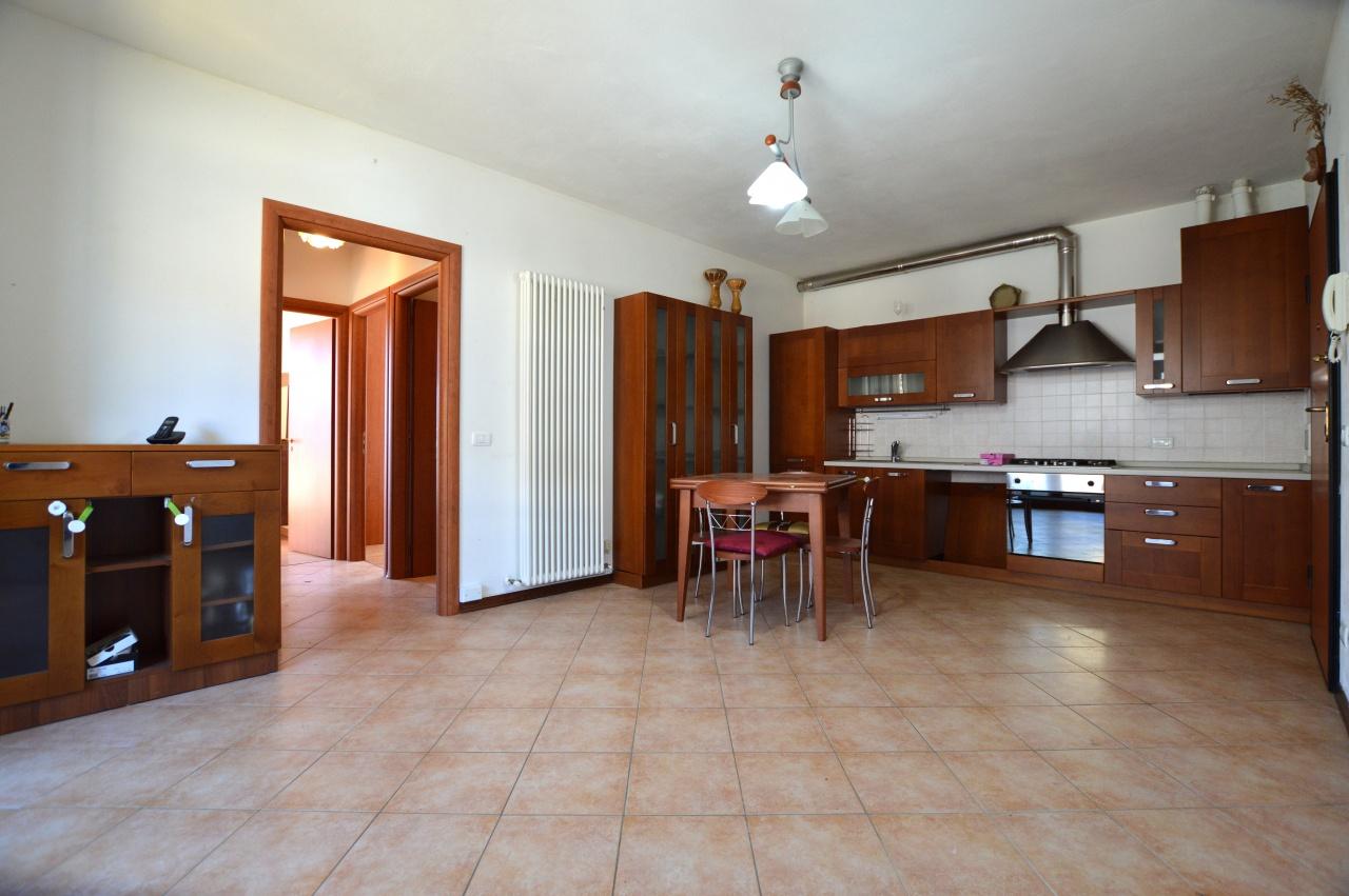 Appartamento in ottime condizioni arredato in vendita Rif. 4777454