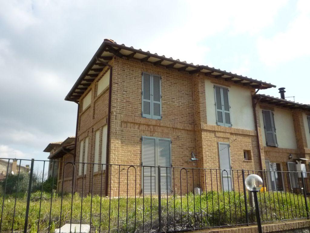 Appartamento in vendita a Murlo, 5 locali, Trattative riservate | CambioCasa.it