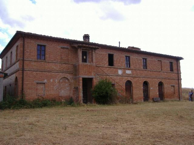 Rustico / Casale in vendita a Monteroni d'Arbia, 10 locali, Trattative riservate | CambioCasa.it