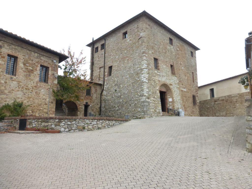 Bilocale Murlo Via Dell'arco 1