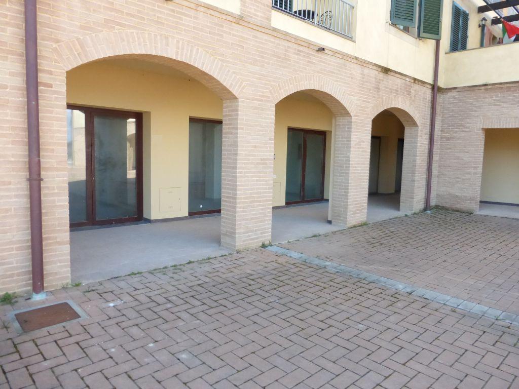 Negozio / Locale in vendita a Monteroni d'Arbia, 1 locali, prezzo € 70.000 | CambioCasa.it