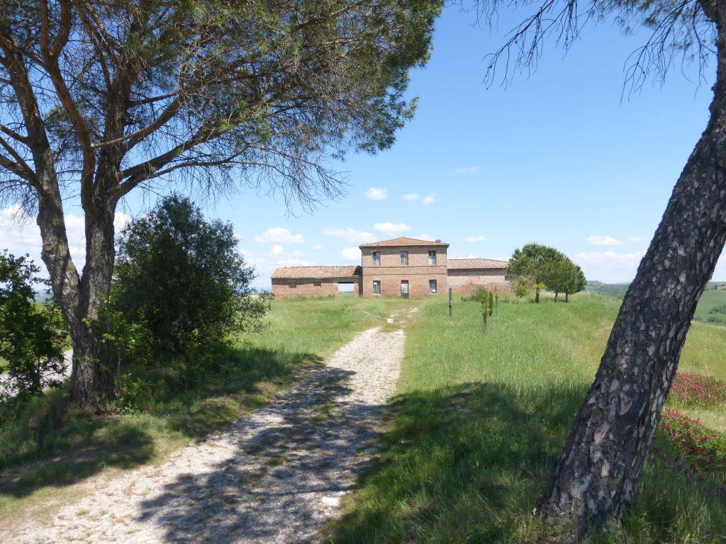Rustico / Casale in vendita a Monteroni d'Arbia, 9 locali, Trattative riservate | CambioCasa.it