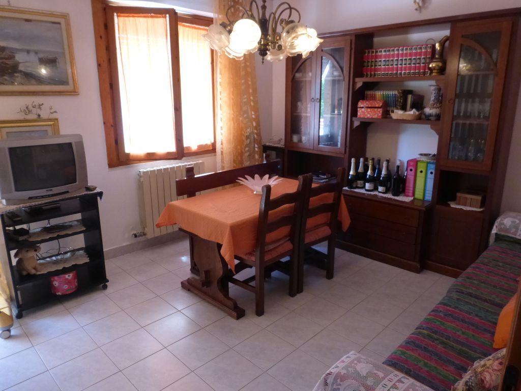 Soluzione Indipendente in vendita a Monteroni d'Arbia, 5 locali, prezzo € 186.000 | CambioCasa.it