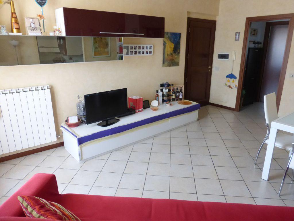 Bilocale Monteroni d Arbia Via L. Longo 4