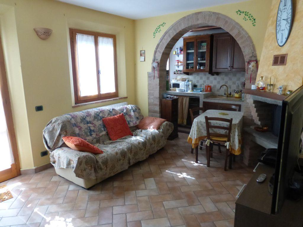 Bilocale Monteroni d Arbia Via Borgo Di Tressa 3